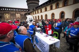 """35 mezzi per il soccorso di animali abbandonati e/o feriti donati dalle figurine """"Amici Cucciolotti 2015""""."""