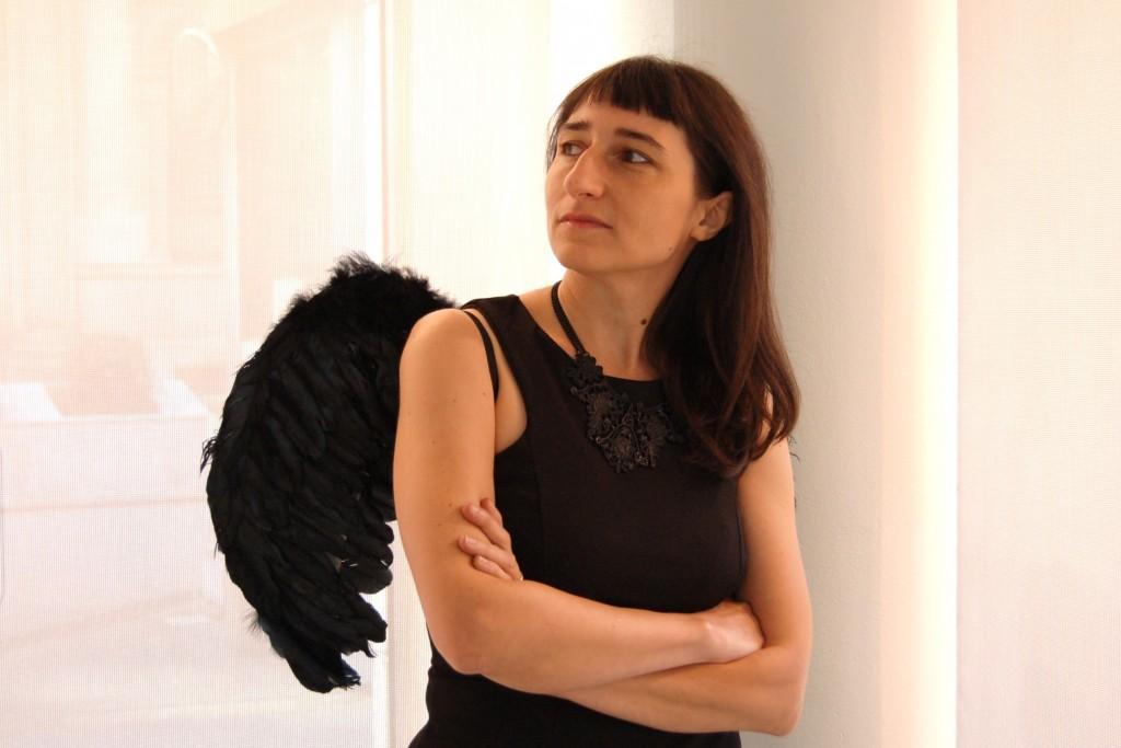 Isabella Dalla Vecchia conduce Misteri Bestiali