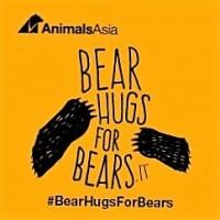 #BearHugsForBears – Aiutiamo gli orsi con un abbraccio