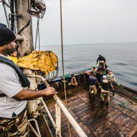 Sea Shepherd assiste la Marina Militare Gabonese e le Forze dell'Ordine deputate al Controllo della Pesca nell'arresto di due trawler illegali
