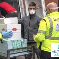 """""""Aiutiamoli ad aiutarci"""" consegnate forniture di generi alimentari a Malattie Infettive, Rianimazione 1 e 2, Pronto Soccorso e 118, i reparti in prima linea contro il coronavirus"""